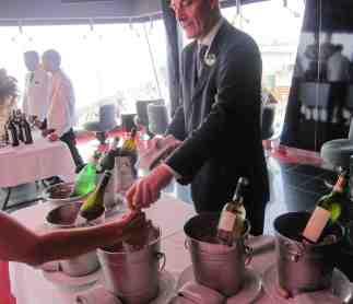 Sommelier durante un Wine Tasting
